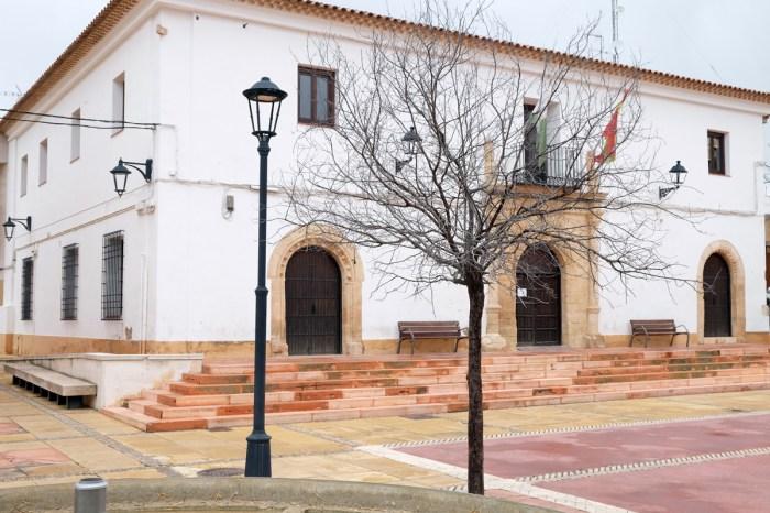El Ayuntamiento de Las Pedroñeraspermitirá a sus trabajadores irse a casa si tienen mucho sueño