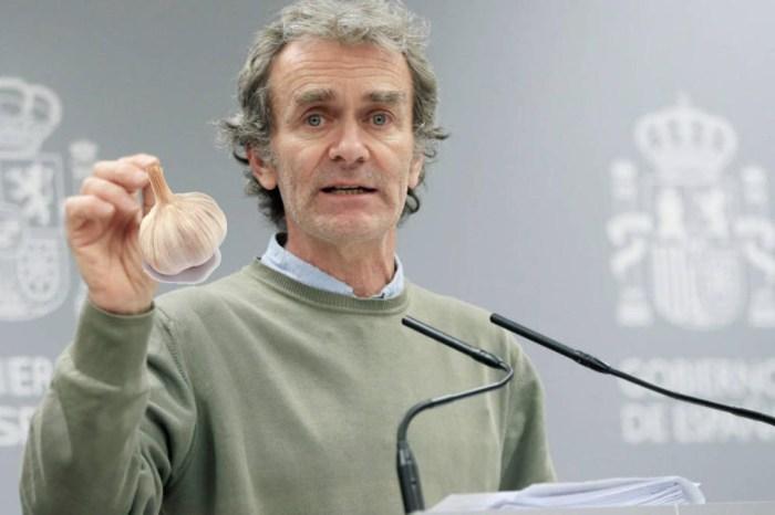 Fernando Simón recomienda comer ajo de Las Pedroñeras para mantener la distancia de seguridad