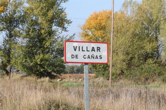 Un vecino de Villar de Cañas dice que podría contar con los 8 dedos de su mano los años que lleva viudo