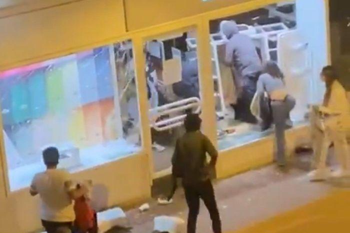 Un asaltante de la tienda Lacoste que era de Tomelloso, vuelve a ver si le pueden cambiar un polo que le viene pequeño