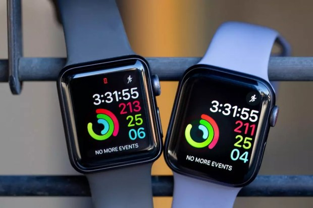 Apple Watch Series 5 Apple Watch Series 4