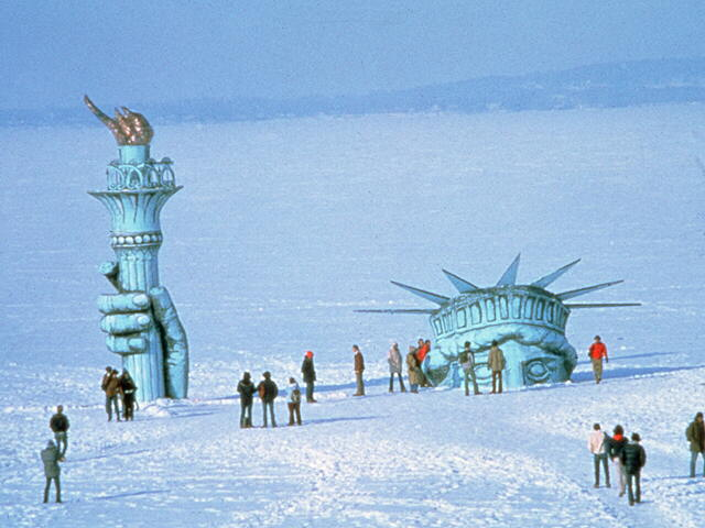 statue-of-liberty-in-ice.jpg