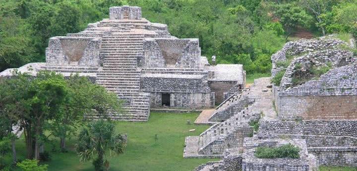 ek-balam-mayan-ruins-yucatan-6180045