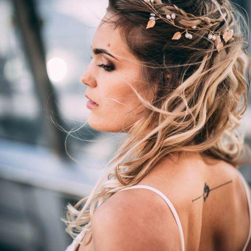 1_5_romantique_couple_4_looks_sidneyonthemoon_photographe_chrisvonmartial_robe_mariee_costume_paris_wedding_web