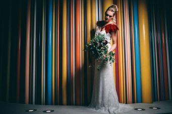 4_7_rock_couple_4_looks_sidneyonthemoon_photographe_chrisvonmartial_robe_mariee_costume_paris_wedding_web