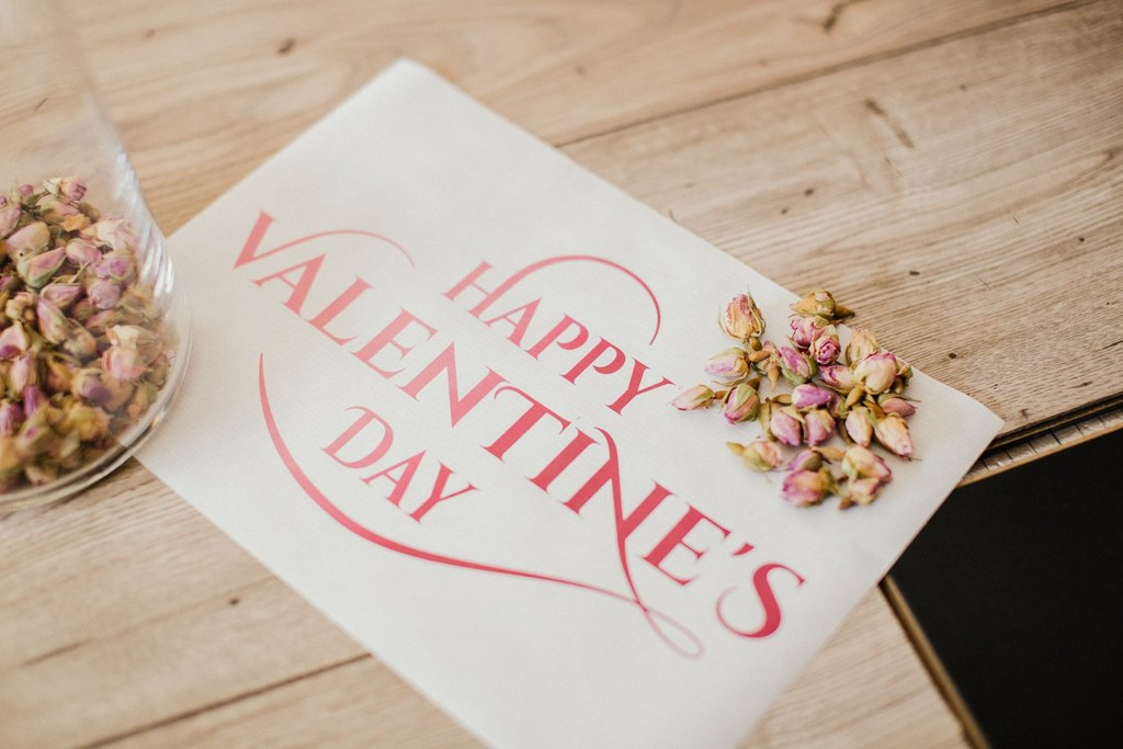 seance-photo-saint-valentin-toulouse-pamestla-photographe-decoration-fleuriste-0001_WEB