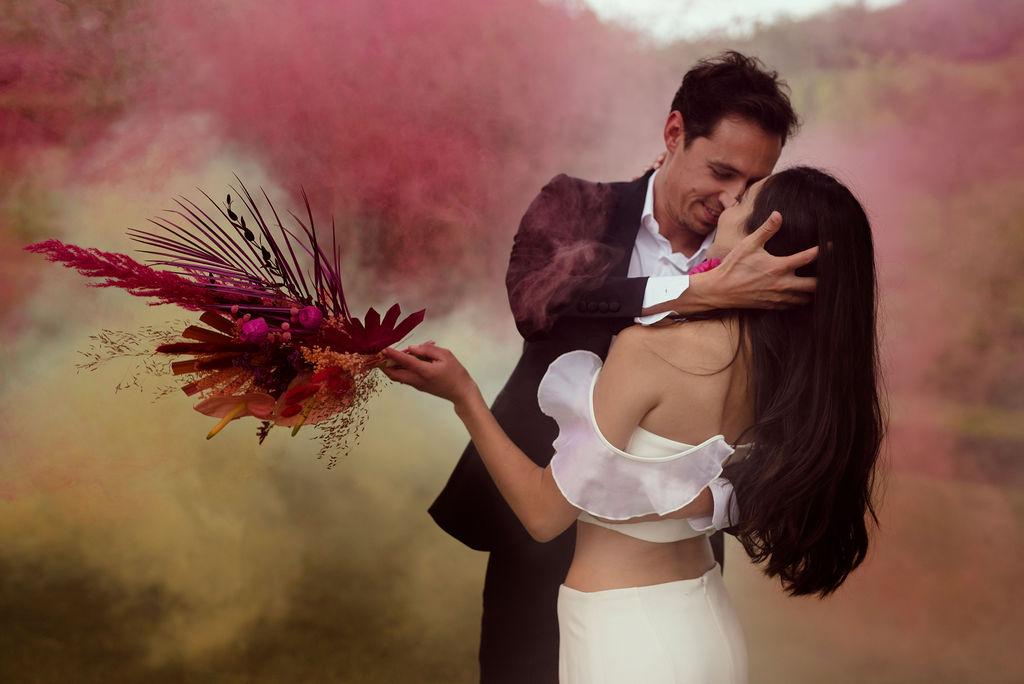 Mariés fumigènes colorés