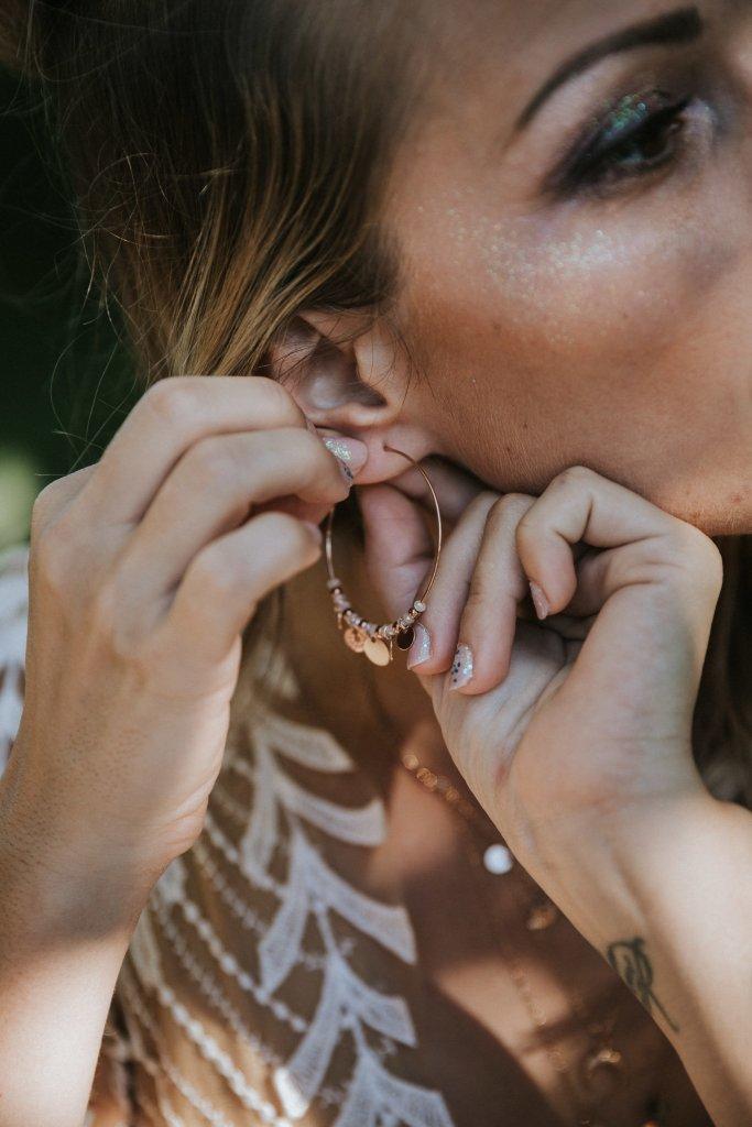 Mariage alternatif Coachella bijoux