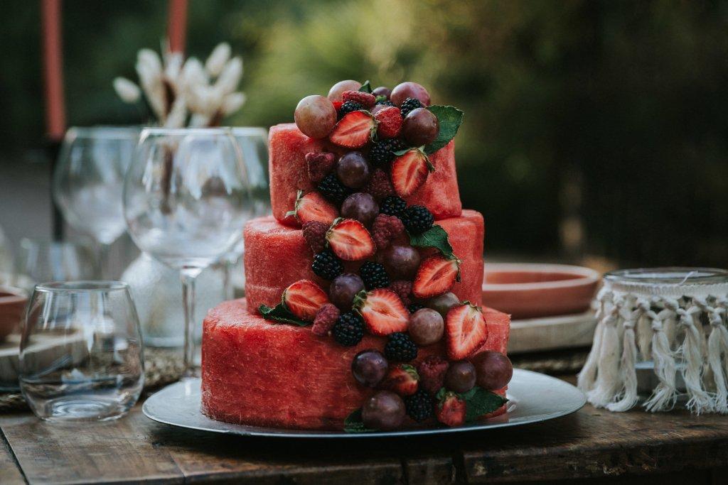 Mariage alternatif Coachella wedding cake