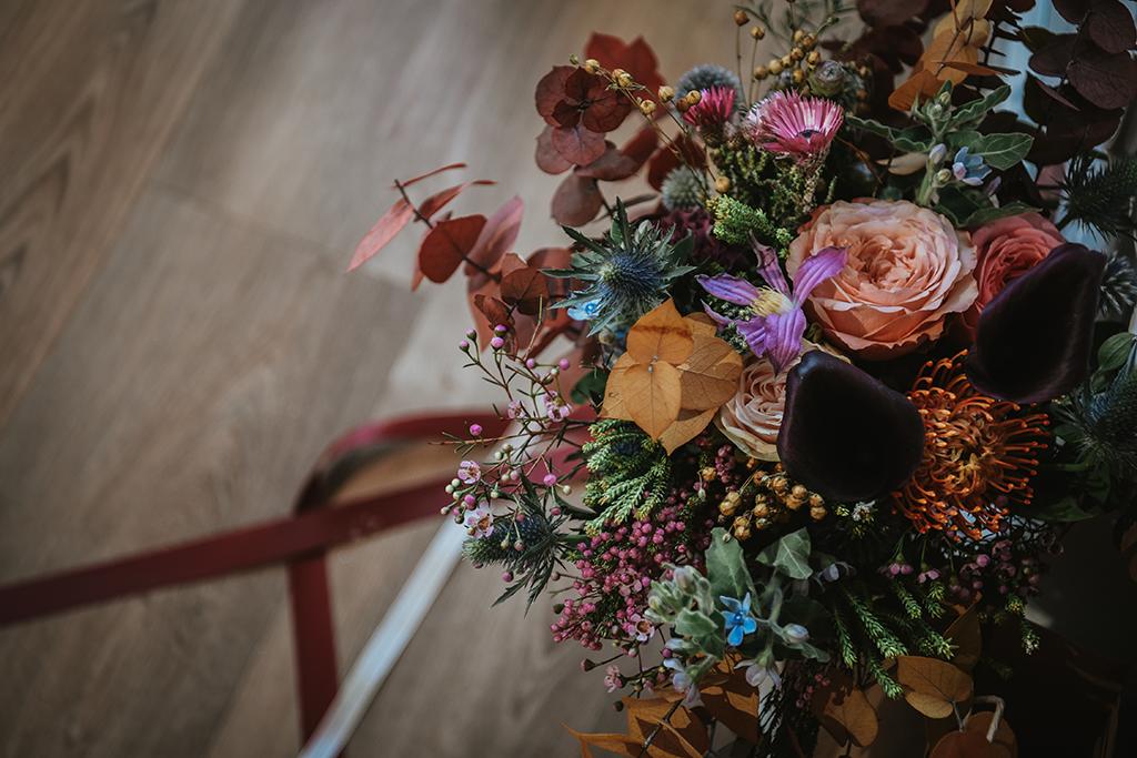 Composition florale de fleurs séchées mariage