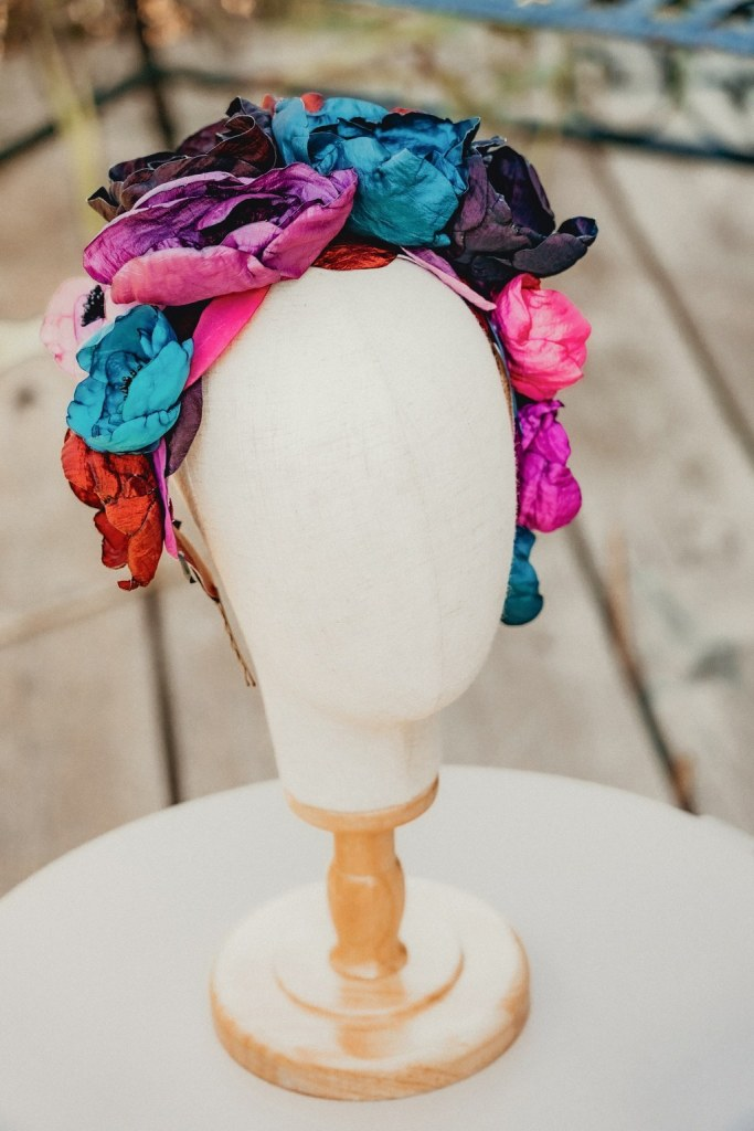 Accessoires de tête en tissu mariage alternatif