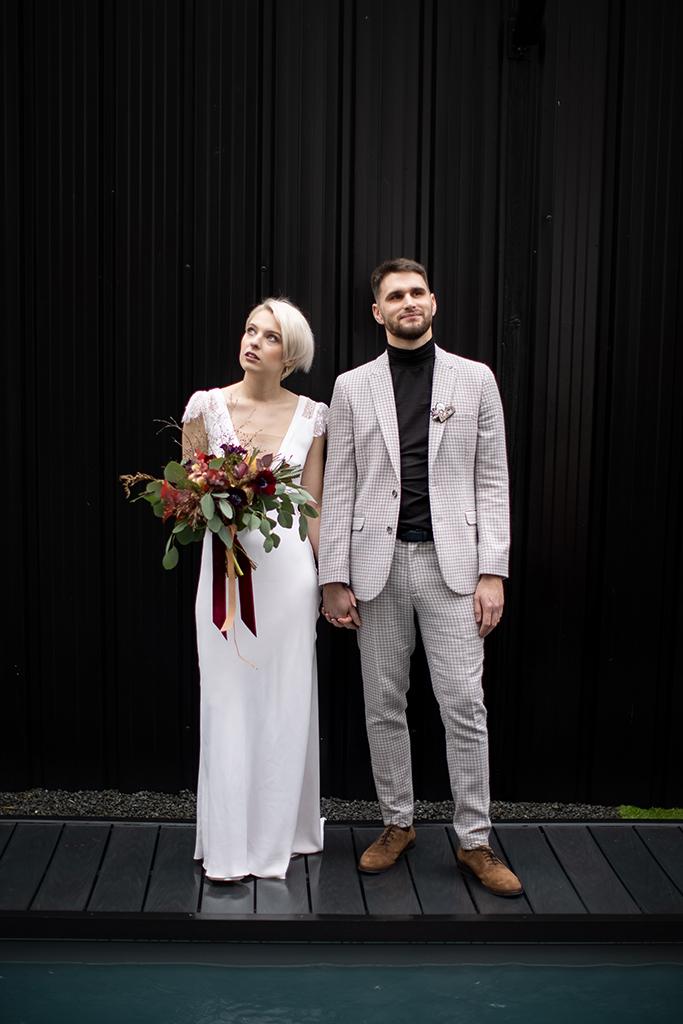 couple de mariage urbain