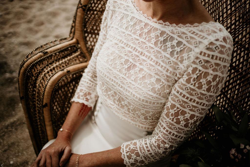 robe de mariée bohème à dentelle dos nu