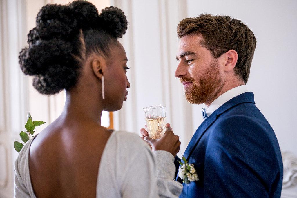mariage en blanc et bleu