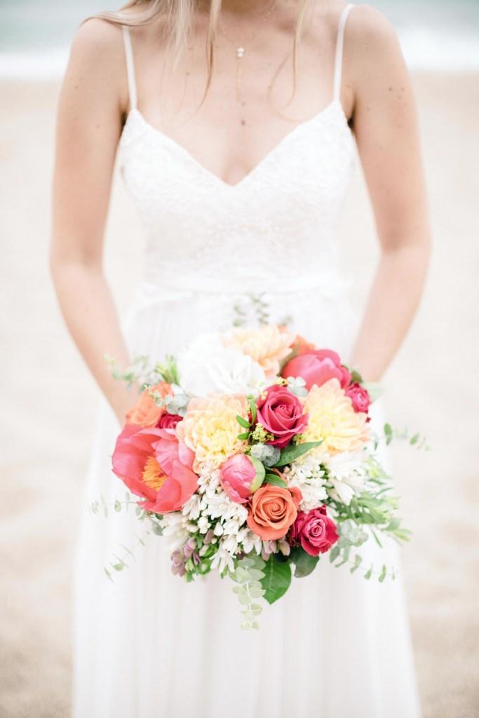 Bouquet de fleurs roses et rouges