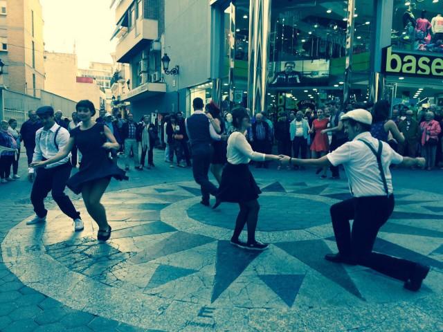 Bailando todos juntos