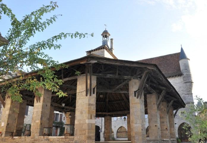 Martel - halle du village