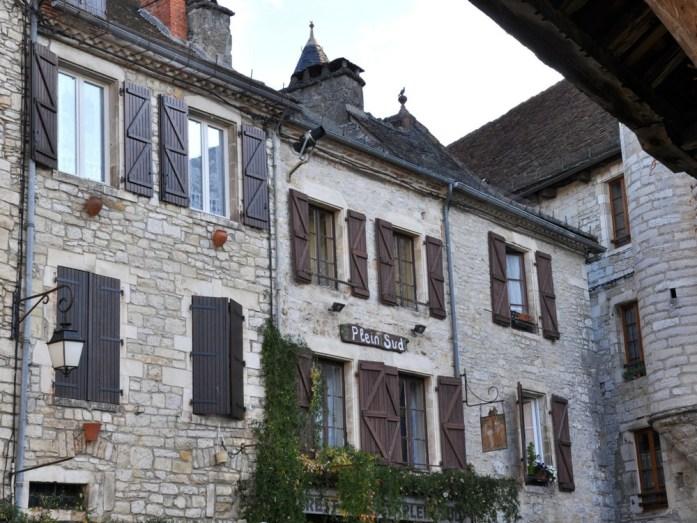 Martel - Maisons place des consuls