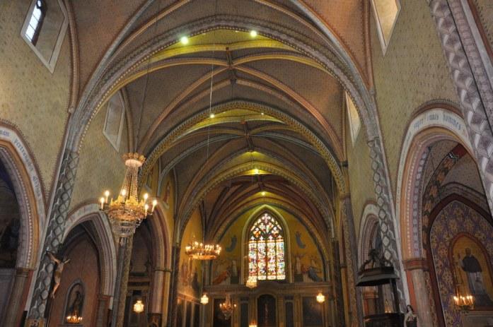 Martel - intérieur de l'église Saint-Maur