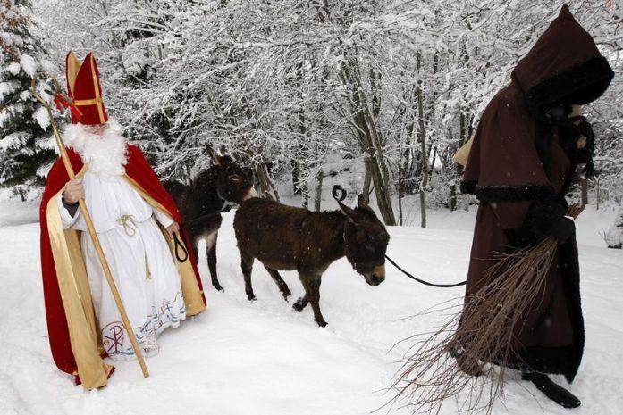 Traditions alsaciennes - Saint Nicolas et le Père fouettard