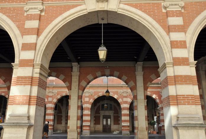Capitole de Toulouse - cour Henri IV