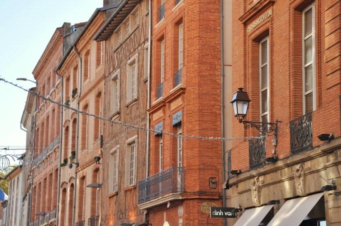 Toulouse - façades de la rue Croix-Baragnon