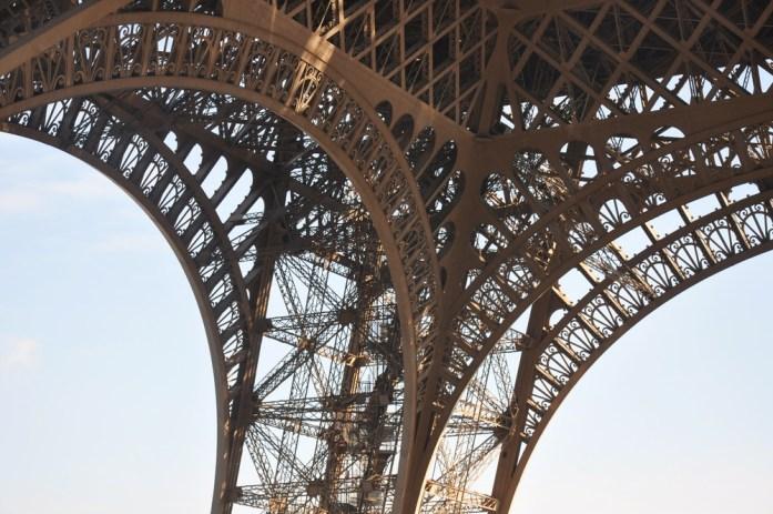 Paris - architecture de la tour Eiffel