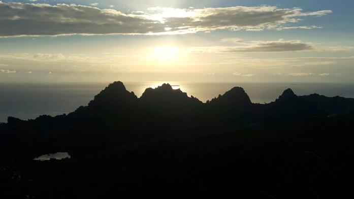 Nouvelle Calédonie : les falaises de Lindéralique
