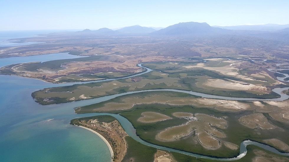 Nouvelle Calédonie - la mangrove et le cœur de Voh