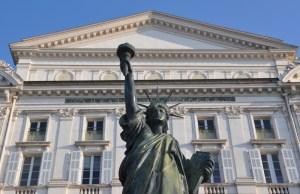 Visiter Nice en un week-end : statue de la liberté