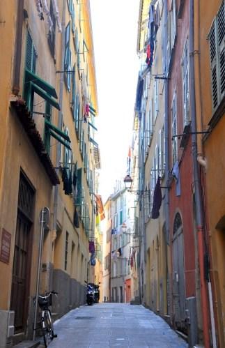 Visiter Nice en un week-end : ruelles de la vieille ville