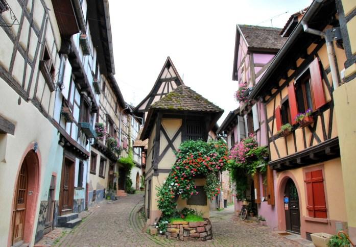 Découvrir Eguisheim en Alsace - enseigne