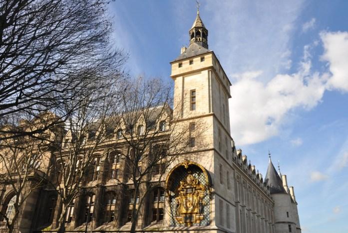 Paris en records - plus vieille horloge