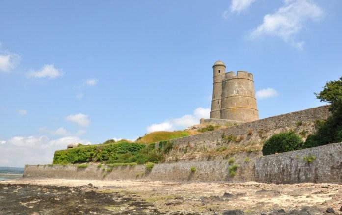 La Marinière en Voyage - le fort de la Hougue