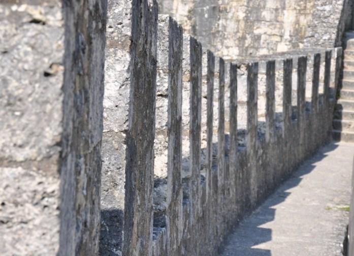 La Marinière en Voyage - créneaux des murailles de Provins