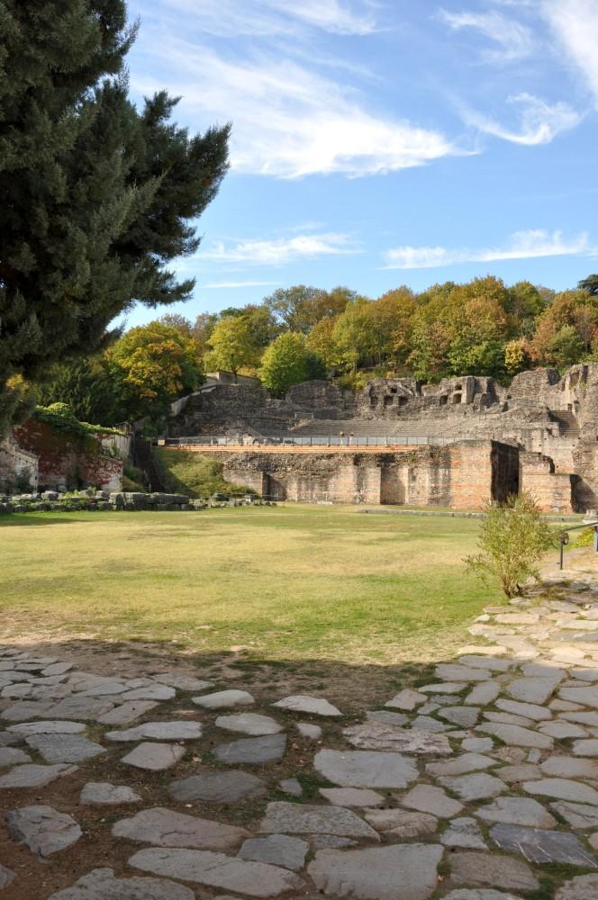 Pavés du théâtre romain de Fourvière