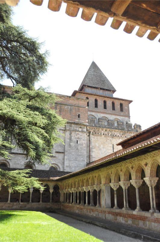 Tarn-et-Garonne - cloître de l'abbaye de Moissac