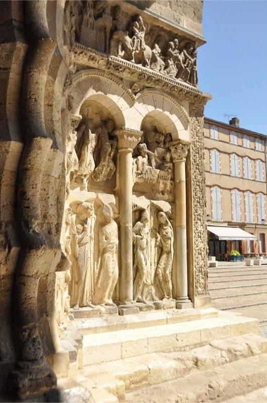 Tarn-et-Garonne - portail de l'abbaye de Moissac