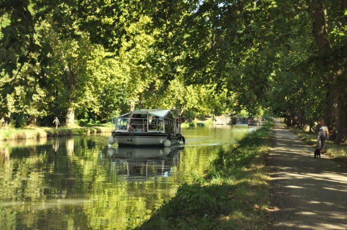 Tarn-et-Garonne - le canal des deux mers à Moissac
