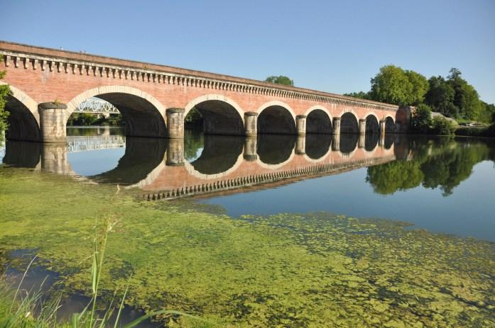 Tarn-et-Garonne - le pont-canal à Moissac