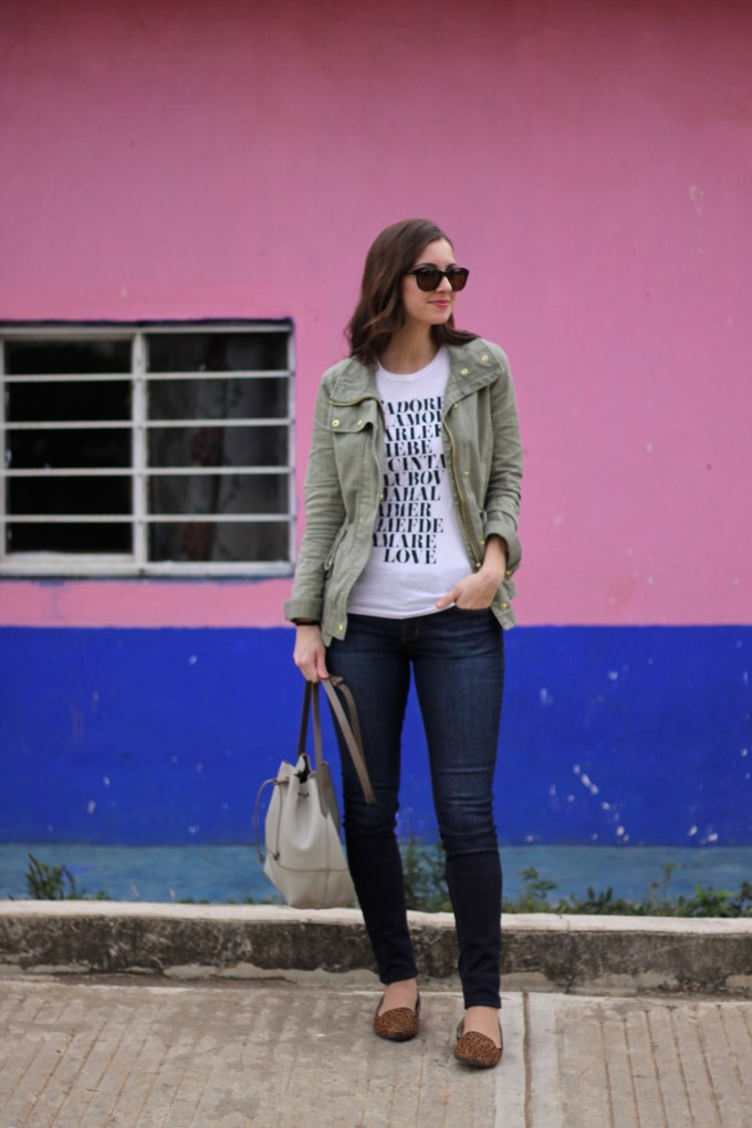 La Mariposa Travel Wear: Graphic Tee and Army Jacket