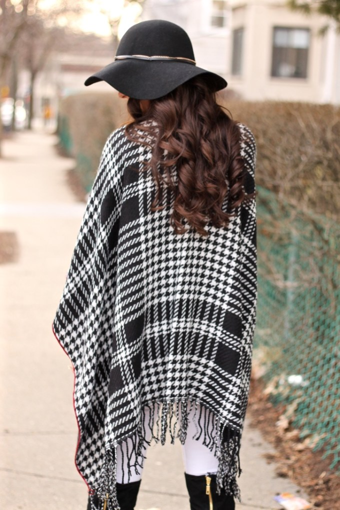 Charming Charlie Houndstooth Poncho, Black and white winter outfit