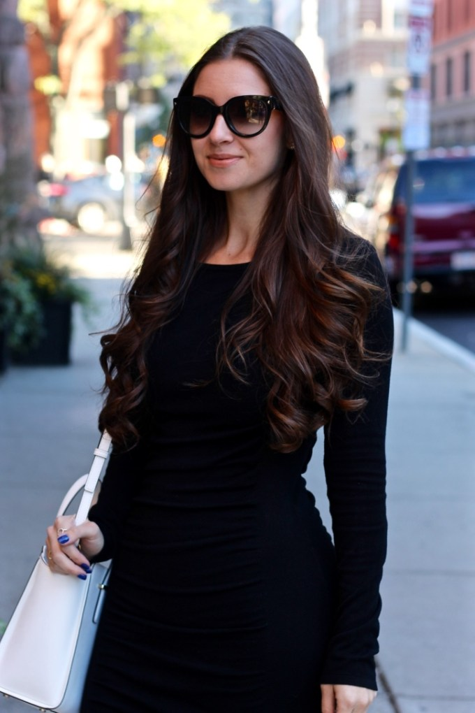La Mariposa LBD, Express pitch black Ruched Sweater Dress, Styling a dress with sneakers, Stylling grey adidas sneakers