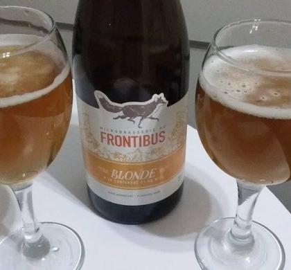 Blonde à la coriandre et au miel de la Microbrasserie au Frontibus