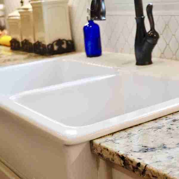 How to Clean a Porcelain Farmhouse Sink