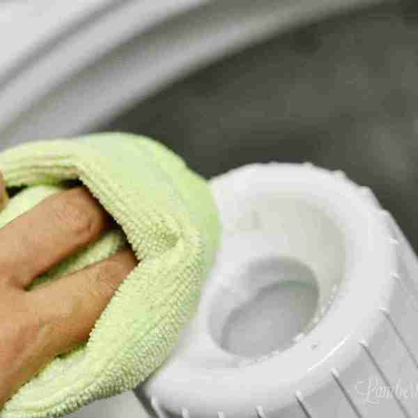 Cleaning 101: How to Clean a Top Loader Washing Machine