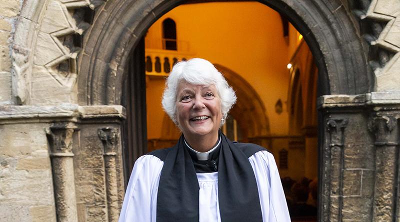 Revd Julie Mintern