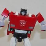 Transformers_Masterpiece_Sideswipe_12
