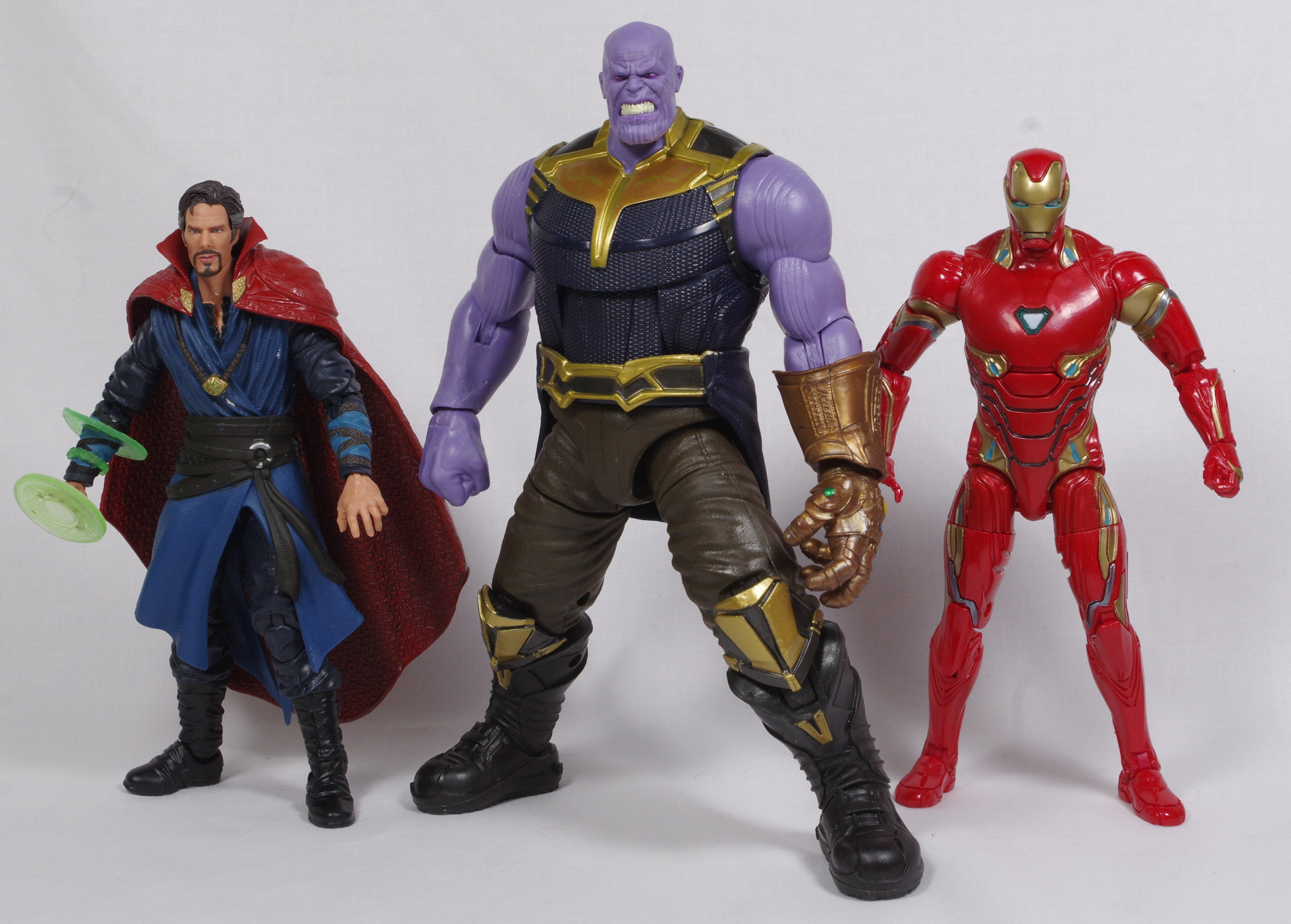 Review - Marvel Legends - First Ten Years - Infinity War (Dr