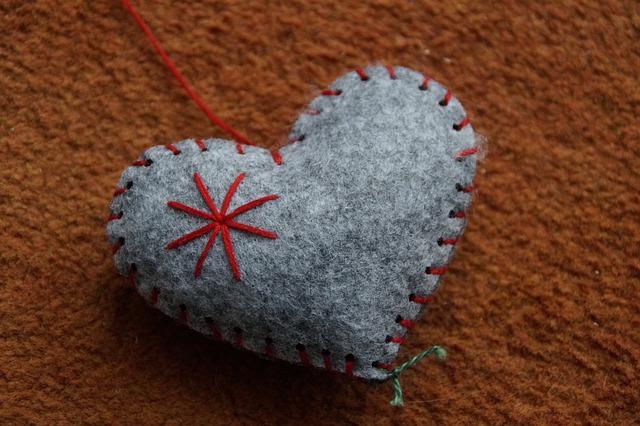 corazón tela lana